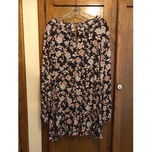 Aeropostale Gray floral Long-sleeve Dress Size L